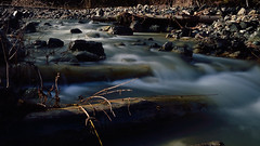 Nodi morbidi (mttdlp) Tags: appennino allaperto acqua bosco colors colori d3200 water nd longexposure long exposure nikon effetto seta wood legno forest rocce rocks
