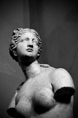 Aphrodite  (Venus of Taurida) 2nd Century BC (cosediieri) Tags: blackandwhite lovephoto biancoenero bw photography photographer shooting pictureoftheday monochrome capture exposure focus moment photo monocrome saintpetersburgo питерстайл питерпитер питеру питерfm питерское питерятебялюблю saintpetersburgphoto saintpétersbourg pétersbourg sanktpeterburg stpeterburg pietari sanpietroburgo pietroburgo sãopetersburgo sanpetersburgo