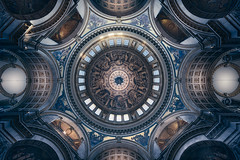 The Inner Light (Otto Berkeley) Tags: london england uk britain city building interior stpaulscathedral church cathedral lookup lookingup abstract geometric symmetrical pattern ceiling roof dome cupola worship religion holy easter sirchristopherwren wren baroque