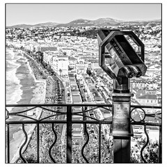 Nice viewpoint (Photos And All That) Tags: nice view viewpoint collineduchateau southoffrance coast coastal beach beaches telescope telescopes city cityscape mountain mountains buildings oldtown niceoldtown nicevielleville blackandwhite blackwhite monochrome monochromatic monochromes mkii canon canon5dmarkii canoneos 5d 5dmarkii hilltop high daytime waves people euroscope binoculars artdeco quaidesetatsunis promenadedesanglais baie des anges