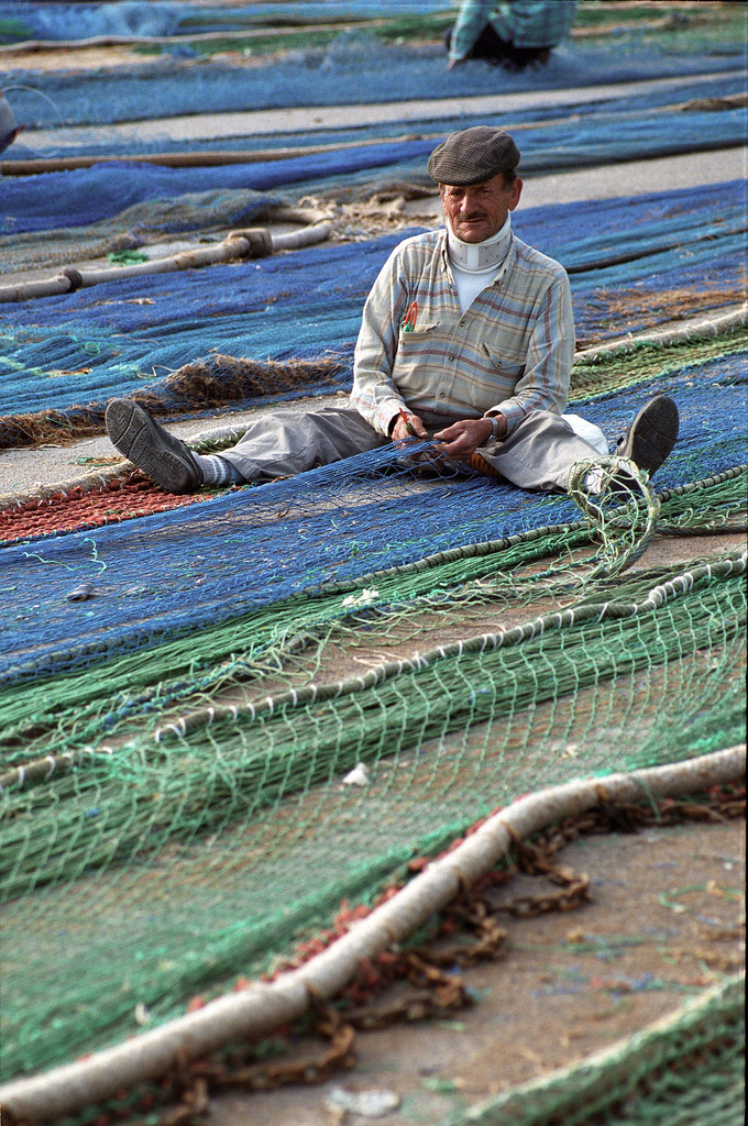 Fixing the nets in Spain