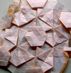 new twist tessellation (EricGjerde) Tags: triangles paper star origami workinprogress hexagons origomi gjerde tessellation tessellations paperfolding papiroflexia origamitessellation origamitessellations 折り紙 tassellazione tesselações