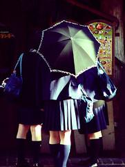 parasol (Masahiro Makino) Tags: topf25 girl japan kyoto  flickrzen nikonstunninggallery angkorset