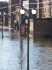 Cobbossee Stream flooded 4-29-05 (17) (jenpilot) Tags: cobbosseestream river flood gardiner