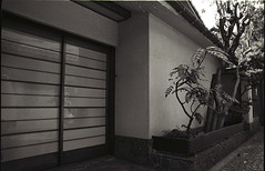Entrance to a Private Residence, Kagurazaka (Jim O'Connell) Tags: pictures blackandwhite bw film japan darkroom tokyo availablelight kagurazaka mmdc