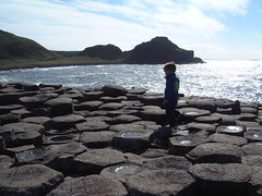 Giants Causeway (James_C) Tags: giantscauseway backlight sun sea rock hexagon basalt