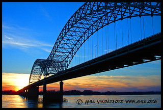Sunset Hernando Desoto Bridge - Memphis, TN
