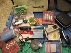 我的包包裝什麼 whats in my bag (top shot) (hey-gem) Tags: 我的包包裝什麼 你的包包裝什麼 whatsinmybag gear whatsinyourbag gadget gadgets music mp3 minidisc book phone earphone bag microphone whatisinmybag whatisinyourbag taiwan 台灣 台南 台南縣