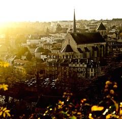 Coucher de soleil sur Poitiers (alexandrecrozet) Tags: coucher de soleil cathédrale nikon d5100 35mm