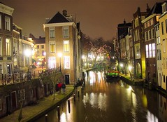 Utrecht, Oudegracht (josef.stuefer) Tags: city houses winter light urban reflection building water netherlands architecture night geotagged canal europe utrecht explore historical citycenter oudegracht benelux josefstuefer geo:lat=52090378 geo:lon=5120455