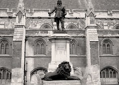 Statue of Oliver Cromwell (TrevorLowe) Tags: london england tourist city housesofparliament westminster