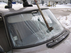 Hammer in windscreen