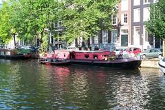 Houseboat, Amsterdam, 2002 (artandscience) Tags: houseboat amsterdam digital dc290