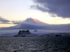 3brospeak (ae2005) Tags: antarctic antarcticexpedition mountains