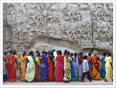 Faces à Faces (Christian Lagat) Tags: portrait sculpture woman india colour geotagged women femme hindu sari couleur tamilnadu inde mamallapuram hindouisme भारत unworldheritage arjunaspenance cityofwomen top20india descentoftheganges abigfave anawesomeshot southindianculture 50millionmissing patrimoinemondialdelunesco 100commentgroup