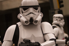 Stormtrooper (RussellReno) Tags: atlanta storm trooper canon ga atl watch 2006 parade stormtrooper dragoncon russellreno canon70200f28l dragoncon2006 dragoncon06 upcoming:event=106085