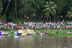 General Public (Renju George) Tags: summer people festival colorful kerala celebration fancy onam boatrace pamba aranmula vallamkali uthruthathi chundanvallam onapattu
