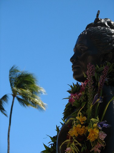 Queen Liliuokalani Statue by JMCD via Flickr