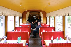 Old Restaurant Car - Switzerland (Kecko) Tags: old railroad car train restaurant schweiz switzerland europe suisse alt swiss kecko ostschweiz eisenbahn railway zug diner 2006 historic svizzera bahn speisewagen diningcar historisch altsttten balsthal reataurantcar oensingen swissphoto