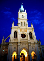 chijmes singapore (chillntravel) Tags: travel church chijmes singapore chapel convent