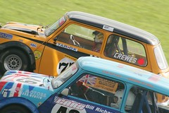 Head-to-head racing (Dazecoop) Tags: mini 350 canon350d 75300mm panning castlecombe britax miniworldactionday
