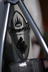 Front fork (javame) Tags: red white bike bicycle nikon d200 cruiser electra 3speed twowheels candyapplered nikond200 electrabike 2006model redwhitered electrabicycle cruiserdeluxe ladiesbike ladiesbicycle