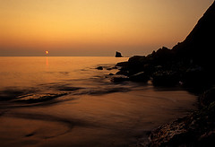 Annular Eclipse at Saltwick Bay (Shutterfever) Tags: film sunrise bay eclipse velvia northyorkshire helluva saltwickbay saltwick blacknab