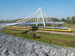 Balijbrug (Rob Verhoeff) Tags: bridge bridges olympus zoetermeer brug e500 1445mm