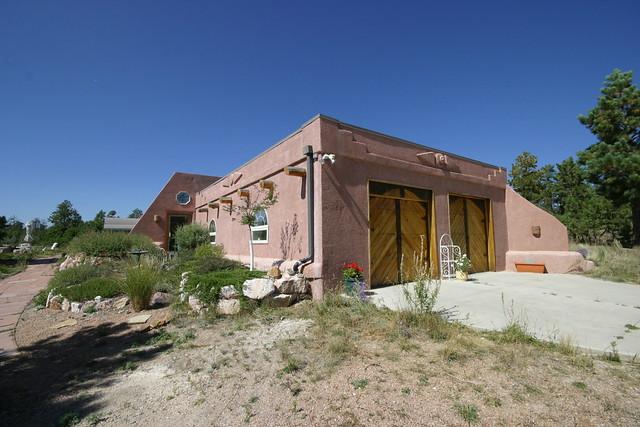 Passive Solar Tire House