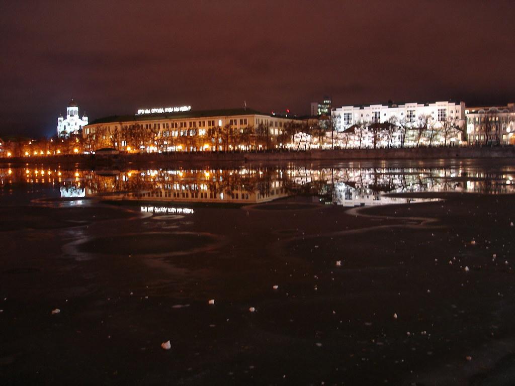 фото: Вид на здание бывшего Приборостроительного завода