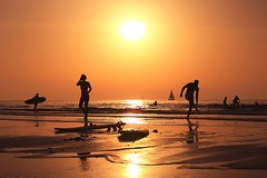 Bathing & sailing in a golden sea - Tel-Aviv beach - Follow me on Instagram:  @lior_leibler22 (Lior. L) Tags: bathingsailinginagoldenseatelavivbeach bathing sailing golden sea telaviv beach