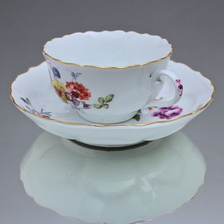 Meissen, Teetasse, Tasse, Teeschale, Neuer Ausschnitt, gebuckelt, Punktzeit, cabinet cup, tea cup