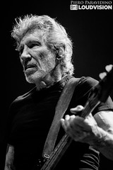 Roger Waters (sensitive2light) Tags: rogerwaters live concert gig stage usthem usandthem tour psychedelic progressiv art rock blues thewall guitar bass milan milano italy italia pieroparavidino
