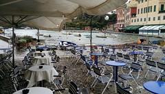 Tardo inverno (Giangaleazzo) Tags: portofino marina sea city liguria bench umbrella mare italy barca boat famous bar