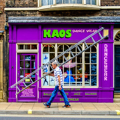KAOS (edelweisskoenig) Tags: britain england fuji fujifilm fujinon reisen uk travel york yorkshire kaos chaos craftsman ladder expert shop shopwindow laden schaufenster street streetphotography streetlife strasse strase people person man mann fujifilmxpro1 fujinonxf23mmf2rwr xpro1 23mm 23mmf2 xf23mmf2rwr xf23 xf23mmf2 outdoor square squareformat squared