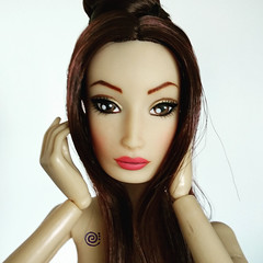 ♫ Belenojon ♫ (♫ Belenojon ♫) Tags: fashion doll agency fda vinyl articulated 16 ooak repaint kaori