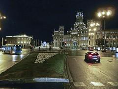 P1120106 (petercan2008) Tags: plaza square cibeles madrid anochecer evening fountain fuente luces ligth españa spaincar