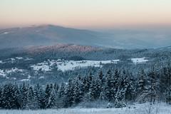 Winter view from Kudłacze (Kajfash) Tags: canoneos5dmarkii canonef70300mmf456lisusm kudłacze landscape krajobraz nature natura winter zima poranek sunrise polska poland beskid