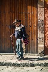 Gig hopping (Marco A Rodriguez) Tags: door puerta mexico música music street trumpet trompeta