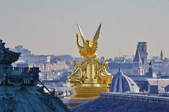 599 Paris en Février 2018 - le toit de l'Opéra (paspog) Tags: paris france février februar february 2018 opéra toit roof deck decken toitdelopéra sculpture statue doré dorée