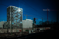 Mysterious natural (Melissa Maples) Tags: münchen munich deutschland germany europe nikon d3300 ニコン 尼康 nikkor afs 18200mm f3556g 18200mmf3556g vr sunflare lensflare flare winter blue building