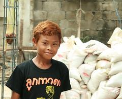 summer hair (the foreign photographer - ฝรั่งถ่) Tags: boy summer hair bleached khlong thanon portraits bangkhen bangkok thailand canon