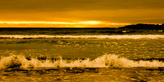 The Balance (evakongshavn) Tags: blahblahscape waves water waterscape light yellow ocean oceanscape sunsetocean sunset goldenscape evavision landscape landschaft paysage outdoors outside wonderlandscape wonderfulworld earthnaturelife earthswonder 7dwf