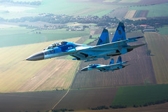 Flankers (hepic.se) Tags: ukraine airforce sukhoi flanker fighter jet general aircraft airtoair airplane aviation air airshow action altitude airborne aviator aeroplane afterburner flying formation czech soviet russia wings weapon military pilot plane power pair