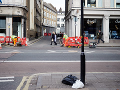 20180314T14-23-24Z-_3145535 (fitzrovialitter) Tags: peterfoster fitzrovialitter rubbish litter dumping flytipping trash garbage urban street environment london streetphotography documentary authenticstreet reportage photojournalism editorial captureone littergram exiftool olympusem1markii mzuiko 1240mmpro ultragpslogger city