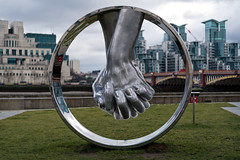 Hands (Camera Freak) Tags: 180217londonitaly leica 2018 grass sky sculpture hands circle london millbank thames building city park mi6 vauxhallbridge