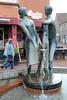 DSC_0975 Heiratsbrunnen am Hagen / Marktplatz in Soltau; errichtet 1978 Bildhauer Karlheinz Goedtke. (stadt + land) Tags: bilder stadt soltau lüneburger heide lüneburgerheide bundesland niedersachsen landkreis heidekreis fotos sehenswürdigkeiten stadtportrait reisefotografie heiratsbrunnen hagen marktplatz errichtet 1978 bildhauer karlheinz goedtke