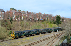 Exeter Double. (curly42) Tags: 150202 143618 class150 class143 sprinter 1502 gwr railway dmu unit travel transport exetercentral