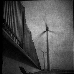 Wind Power (4foot2) Tags: windpower wind windturbine turbine shoreham analogue film filmphotography 120film oldfilm outofdatefilm expiredfilm experimental bw blackandwhite monochrome mono filmgrain grain voigtlander boxcamera dark motionblur blur svema svemafn64 fn64 soviet russianfilm ussr cccp свема свемафн64 фн64 caffenol caffenoldelta coffee washingsoda vitc potassiumbromide kbr 2018 fourfoottwo 4foot2 4foot2flickr 4foot2photostream voigtländerbrilliant