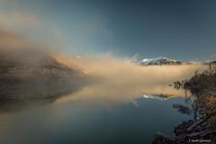 Estallido (AvideCai) Tags: avidecai paisaje montaña canon1635 niebla reflejos pantano fog